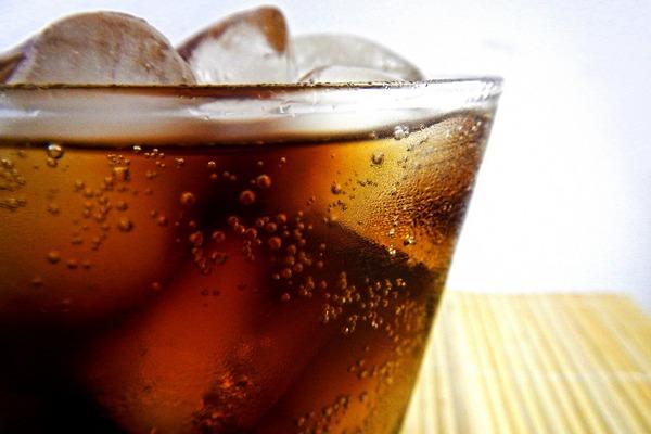 Słodkie napoje sprzyjają chorobom serca [fot. rnesto Rodriguez from Pixabay]