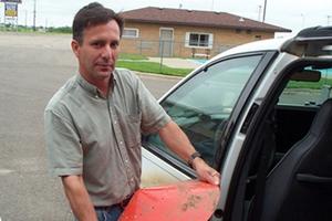 Słynny łowca burz zginął wraz z synem podczas tornada [Tim Samaras, fot. thunderchase.com]