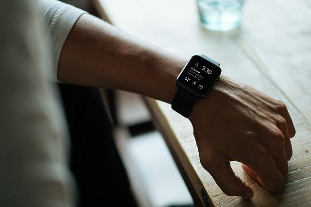 Smartwatch pomoże zmniejszyć stres? [fot. Free-Photos from Pixabay]