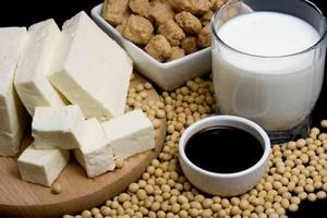 Soja łagodzi stany zapalne [fot. produkty sojowe]
