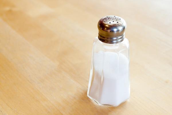 Sól niebezpieczna jak papierosy? [fot. katie175 z Pixabay]