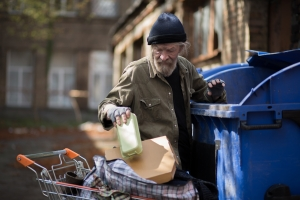 Spada zagrożenie ubóstwem i wykluczeniem społecznym [Fot. Svyatoslav Lypynskyy - Fotolia.com]