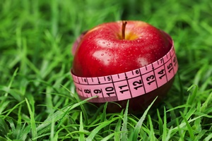 Spal tłuszcz dietą [© magnificent - Fotolia.com]