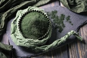 Spirulina - zielony skarb urody [Fot. Elena Schweitzer - Fotolia.com]