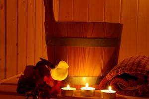 Spos�b na ch�odne jesienne dni - sauna?  [© megakunstfoto - Fotolia.com]