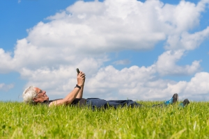 Sposób na stres - wystarczy przebywać na łonie natury [Fot. Ivonne Wierink - Fotolia.com]