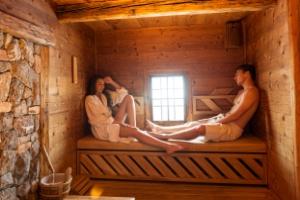 Sposób na zimne dni - sauna? [fot. Fotolia. Com]