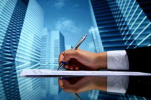 Sprawdź, która umowa o pracę ci się należy  [© yellowj - Fotolia.com]