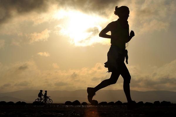 Sprawność fizyczna chroni przed śmiercią z powodu chorób serca i nowotworu [fot. skeeze z Pixabay]