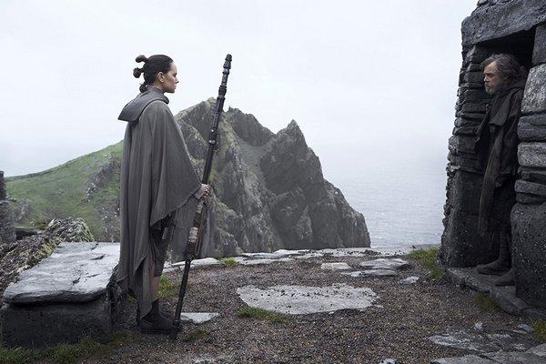 """Star Wars: Episode IX"" nakręcony [Daisy Ridley i Mark Hamill fot. Lucasfilm]"