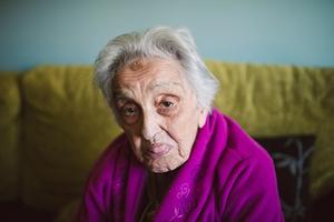 Starość niemiła dla oka, szkodliwa dla psychiki?  [© ramonespelt - Fotolia.com]