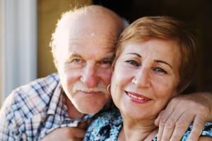 Starszy wiek przydaje korzyści: seniorzy łatwiej sobie radzą z negatywnymi emocjami  [Fot. dubova - Fotolia.com]