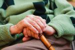 Stary człowiek = chory człowiek? Seniorzy w Polsce [© Sandor Kacso - Fotolia.com]