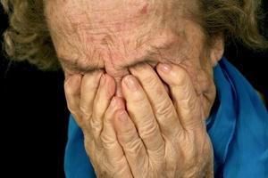 Stop przemocy wobec os�b starszych [© Jeanne Hatch - Fotolia.com