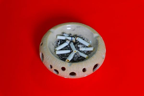 Strategia antynikotynowa - nie oglądaj reklam papierosów  [fot. Yunus Ozyıgıt z Pixabay]