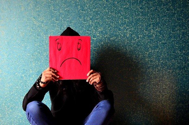 Stres zwiększa poziom cukru we krwi? [fot. PDPics from Pixabay]