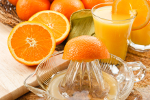 Stuprocentowe soki dobre dla zdrowia tak jak owoce [© Karen Sarraga - Fotolia.com]