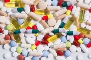 Suplementy diety: oszukany skład, przeterminowane, źle oznakowane [Fot. Syda Productions - Fotolia.com]