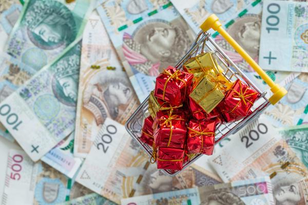 Świąteczne zakupy - co zrobić, aby nie wydać za dużo? [Fot. Rochu_2008 - Fotolia.com]