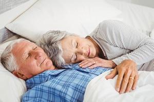 Szcz�liwe ma��e�stwo - zaskakuj�cy lek na bezsenno�� u kobiet [© WavebreakMediaMicro - Fotolia.com]