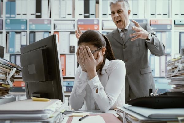 Szef-tyran niszczy nam zdrowie. Stres w pracy a układ krążenia [Fot. StockPhoto - Fotolia.com]