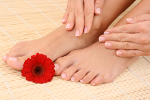 Tajski masaż stóp - relaks i profilaktyka [© matka_Wariatka - Fotolia.com]