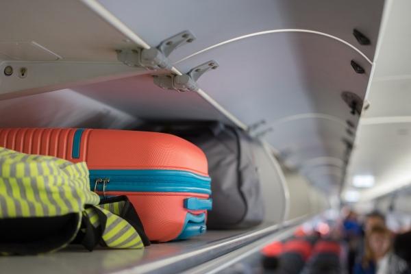 Tanie linie a bagaż podręczny. Na co zwrócić uwagę? [Fot. Have a nice day - Fotolia.com]