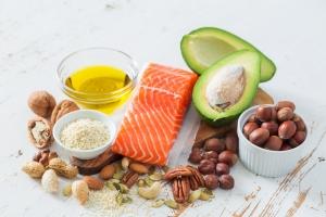 Te objawy wskazują, że w twojej diecie brakuje tłuszczu [Fot. anaumenko - Fotolia.com]
