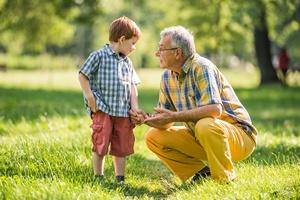 Tego wnukom mówić nie należy. Pięć zakazanych zwrotów [© djoronimo - Fotolia.com]