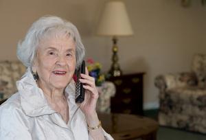 Telefon Zaufania dla osób starszych wydłuża godziny pracy  [© Rachelle Vance - Fotolia.com]
