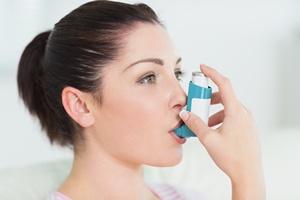 Terapia wziewna podstawą leczenia astmy [© WavebreakMediaMicro - Fotolia.com]
