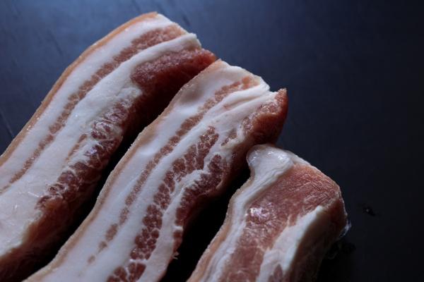 Tłusta dieta zwiększa ryzyko raka jelit i okrężnicy [Fot. OMG Snap - Fotolia.com]