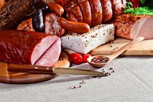 Tłuste jedzenie i czerwone mięso szczególnym zagrożeniem dla chorych na raka prostaty [©  Igor Normann - Fotolia.com]