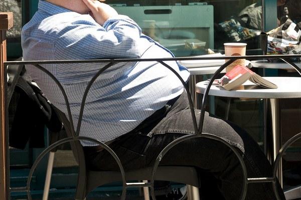 Tłuszcz wokół brzucha zaburza zdolności poznawcze