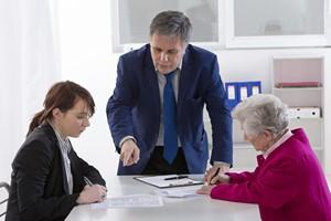 To nie jest bank dla starszych ludzi [© JPC-PROD - Fotolia.com]