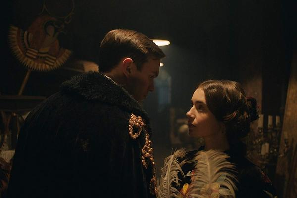 Tolkien i jego magiczne światy [Nicholas Hoult i Lily Collins fot. Fox Searchlight Pictures]