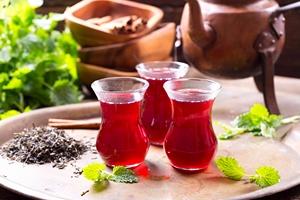 Trzy filiżanki herbaty dziennie chronią serce [© Nitr - Fotolia.com]