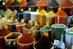 Tureckie bazary - szkoła targowania [Fot. Nikolai Link - Fotolia.com]