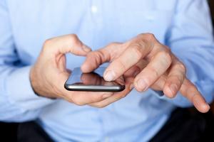 UKE ostrzega - uwaga na kosztowne SMS-y [© berc - Fotolia.com]