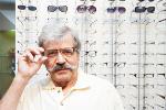 UOKiK: Vision Express wprowadzał w ulotkach w błąd [© Dron - Fotolia.com]
