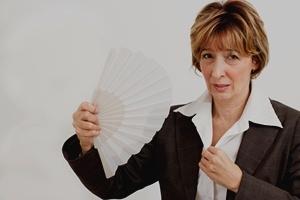 Uderzenia gorąca przed menopauzą [© brankatekic - Fotolia.com]