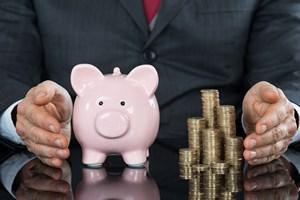 Us�ugi finansowe: szersza ochrona klient�w [©  Andrey Popov - Fotolia.com]