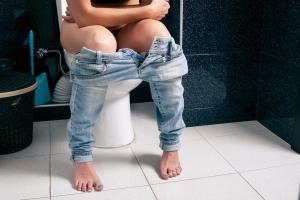 Uwaga - to jedzenie powoduje zaparcia [Fot. gmstockstudio - Fotolia.com]