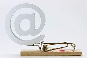 Uwaga na fałszywe faktury i wezwania do zapłaty [© B. Wylezich - Fotolia.com]