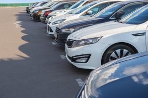 Używany samochód: jak nie dać się oszukać przy kupnie? [Fot. Yuri Bizgaimer - Fotolia.com]