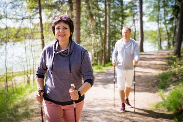 W całej Polsce ruszyły bezpłatne treningi nordic walking [Fot. ladysuzi - Fotolia.com]