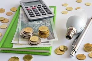 W przyszłym roku niższe rachunki za prąd i gaz [© Pio Si - Fotolia.com]