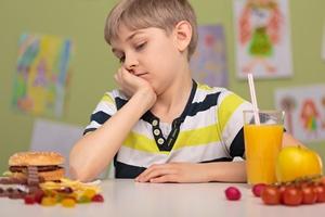 WHO - oty�o�� w�r�d dzieci powa�nym problemem o �wiatowym zasi�gu [© Photographee.eu - Fotolia.com]