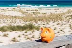 Wakacje - za oszczędności czy na kredyt? [© contrastwerkstatt - Fotolia.com]