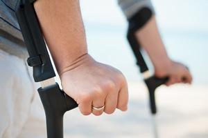 Wakacyjne urazy: skręcenia i stłuczenia  [© contrastwerkstatt - Fotolia.com]